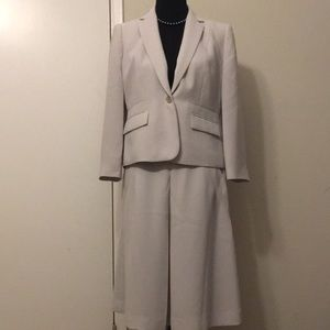 Calvin Klein size 8 blazer and skirt